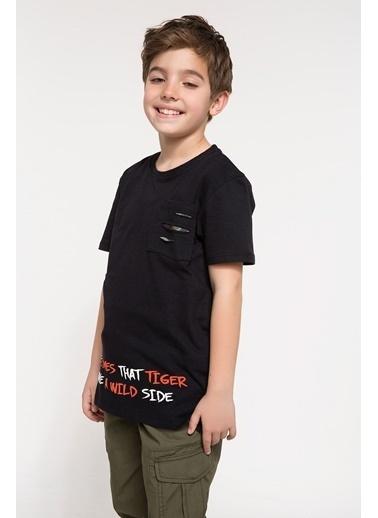 DeFacto Cep ve Sırt Kısmı Baaskılı T-shirt Siyah